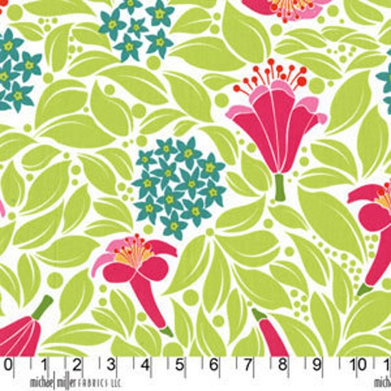 SALE, 1 yard - Flower Bed in White, Lush collection by Patty Young