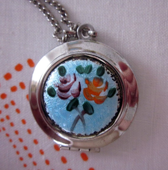 Vintage Silver Tone Floral Locket Pendant Necklace - Roses for Your Sweetheart