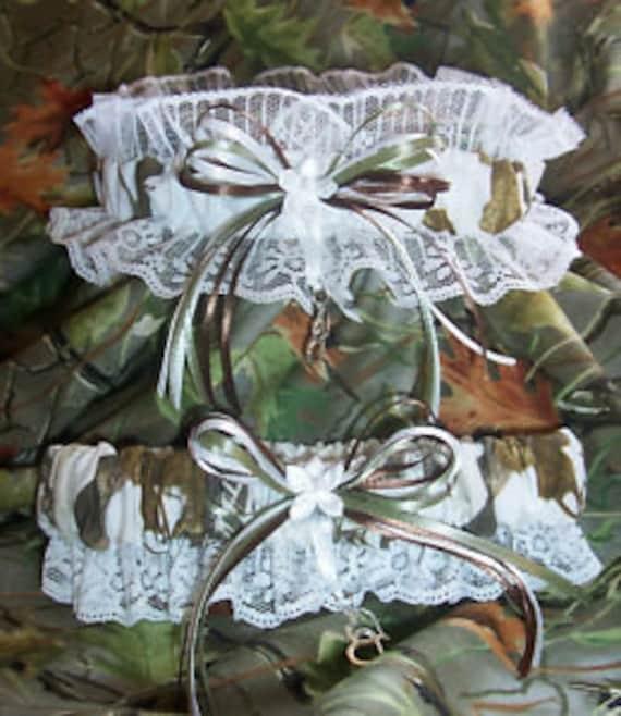 SNOW CAMO Realtree Wedding Garter SET-redneck-prom-fun By