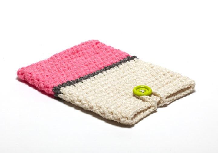 Crochet Ipad Case by PeanutButterDynamite on Etsy