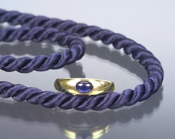 Sapphire Cabochon Ring in 14kt Gold