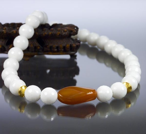 White and Caramel Agate Necklace