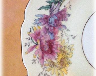 Vintage Conchita Pattern 11 Piece Bone China Colorful Chrysanthemums Gold Trim