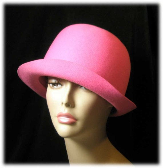 Retro 1960s Mod Hot Pink Ladies Hat Valerie Modes  Pretty in Pink...Perfect for Spring