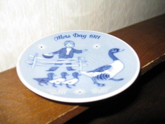 MORS DAG Mother's Day 1971 Norway Porsgrund Plate