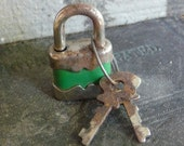 Small Padlock with RusTy Keys Vintage Steel and GReeN Primitive Mini Lock