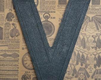 Vintage Alphabet Black Plastic Letter Signage Primitive Sign Marker Tag Sign V