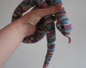 Knit your own slinky snake (pdf knitting pattern)