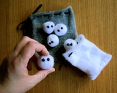 Knit your own Indoor snowball fight kit (pdf knitting pattern)