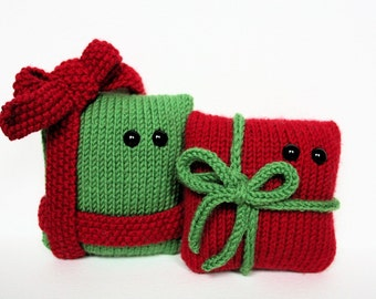 4 Amigurumi Christmas knitting patterns