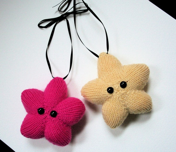 Knit your own Amigurumi Christmas Stars pdf pattern