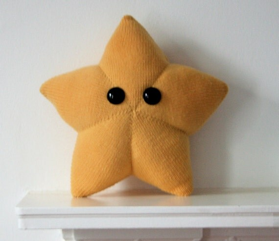 Knit your own Big Friendly Star mini-cushion (pdf)
