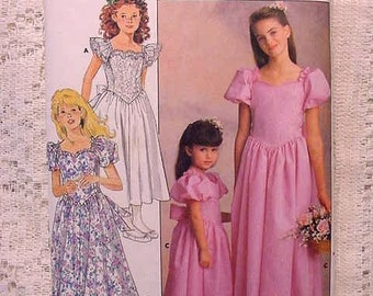 Vintage 4672 Butterick Childs / Girls Sewing Pattern Formal Flower Girl etc Sizes 4 5 6