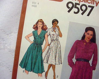 Simplicity Sewing Pattern 9597 V-Neckline Button Front Dress 1980 Size 6 UNCUT