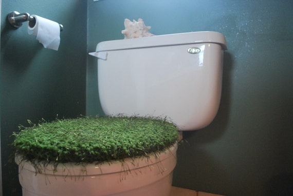 Hand Knit Moss Green Toilet Seat Cover with Drawstring that looks as if it grew right out of the Pacific Northwest