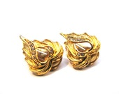 Vintage Gold Tone and Diamond Rhinestone Heart Clip Earrings