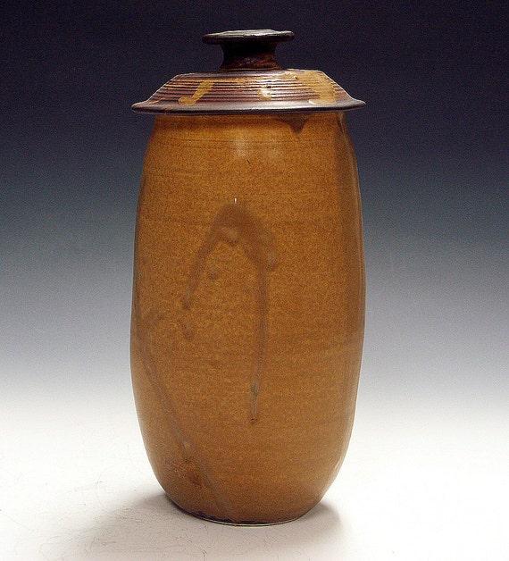 Kitchen Composter Jar or spaghetti storage urn.