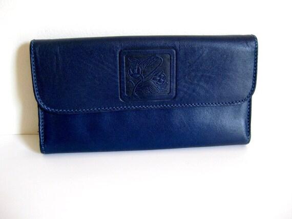 Vintage ladies wallet checkbook