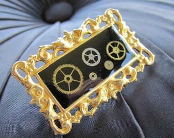 Neo Victorian - Steampunk Ornate Frame Pin - Brooch