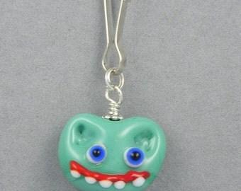 Kidleeum Sea Green Monster Face Zipper Pull - Lampwork