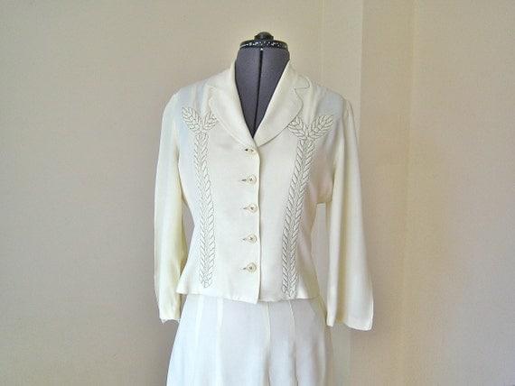 1940s Suit / Cream rayon / metallic trapunto / US 6-8