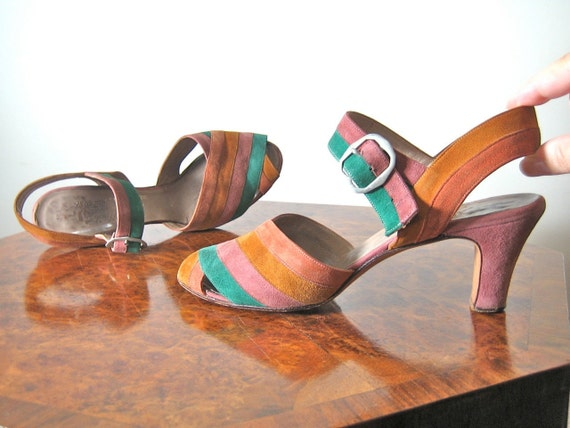1940s shoes striped in luscious suede Strappy Sandals with Peep Toe Size UK 5 1/2 US 7 1/2