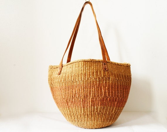 Vintage Straw Market Bag in Beige and Brown Woven Straw