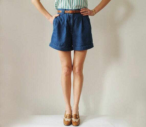 Vintage High Waist Cuffed Jean Shorts Size Medium 1990s