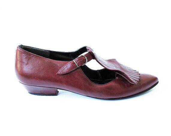 Vintage T Strap Fringe Oxblood Kitten Heels Size 8.5 to 9 Narrow