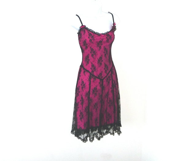 dress, Betsey Johnson, designer, sz 10, frou frou, girly, feminine, vixen, burlesque, black lace, hot pink, strappy, hip, rocker