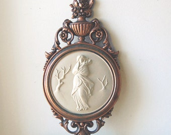 Vintage Midcentury Modern Wall Plaque Regency Grecian with Classical Hellenic Woman Figure in Ornate Round Bronze Relief Frame by Syroco.