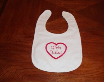 Gifts for baby. Baby shower gift. Baby gift. Embroidery. Infant Embroidered Baby Bib with saying Girls Rule. hearts. Valentine's day. KBD432
