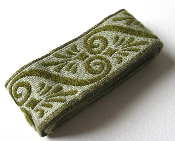 Pea Green Vintage Woven Upholstery Trim
