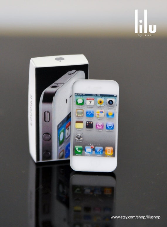 New White iphone 4 Miniature for 1/3 SD-size or similar Dolls.