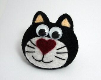 The Black  CAT - Felt Brooch Pin