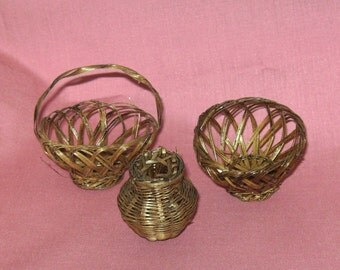 Miniature Straw Baskets Dollhouse Size, Set of 3