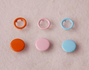 100 sets, Mixed Colors (3 Colors) Capped and Open Prong Snap Button Set 6, Size 18L/17L (11.3/10 mm)