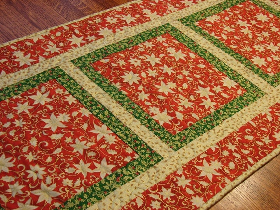 Christmas Table Runner in Red Green and Gold