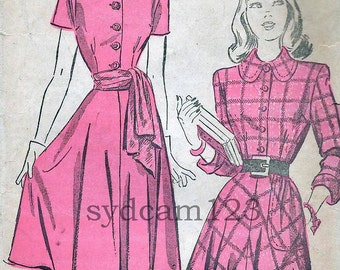 Vintage 1947 Shirtwaist Dress Pattern Flared Skirt Sleeve and Collar Variation Advance 4694 Bust 30