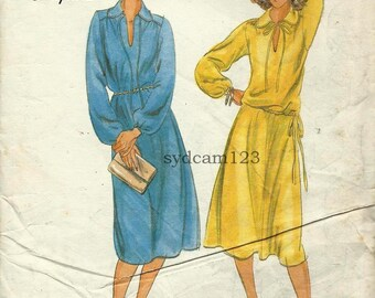 Vintage 1970s Peter Pan Tied Collar Flared Dress, Flowy Skirt and Blouse Drawstring Waist...Butterick 5676 Bust 38 to 40 UNCUT
