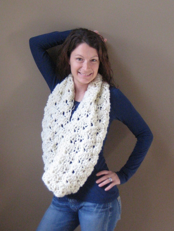 SALE - Zoe Cowl - Buttercream - your pick your color