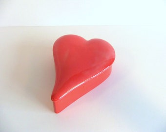 Vintage Valentine Heart Shaped Covered Dish