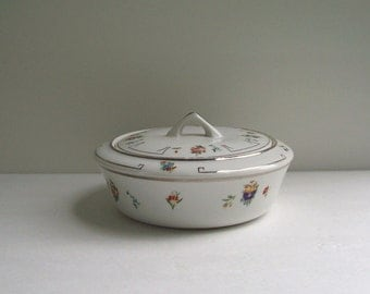 Vintage covered casserole Dish Royal Rochester Studios hand painted