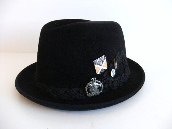 Vintage Black Hat Velour