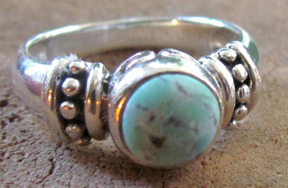 Vintage Sterling Silver Size 6 1/2 Light Blue Turquoise Native American Style Ring