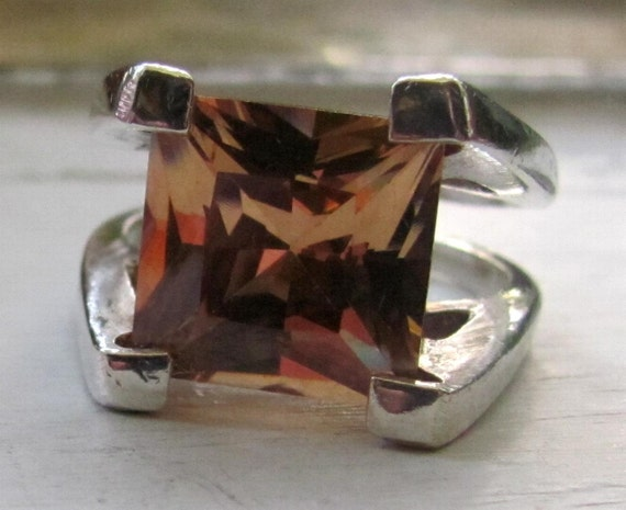 Vintage Beautiful Sterling Silver and Large Citrine Colored Cut Stone Ring HEAVYweight Size 8 Ring