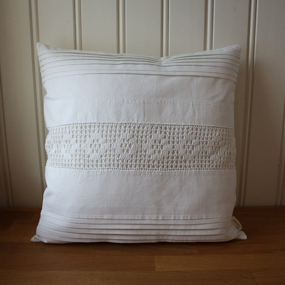 pillow cover 40 x 40cm -white on white collection no. 23