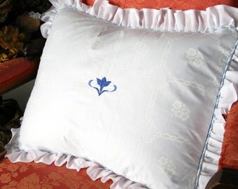 Embroidered Pillow Shams w/ Ruffle / Navy Blue Floral Center/ White/ Shabby Chic and Cottage Style