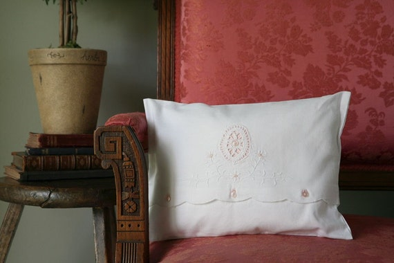 Pillow/ Nursery Cottage Style w/ Peach accents