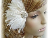 Amanda - Off White and Ivory Brides Feather Hair Fascinator Clip